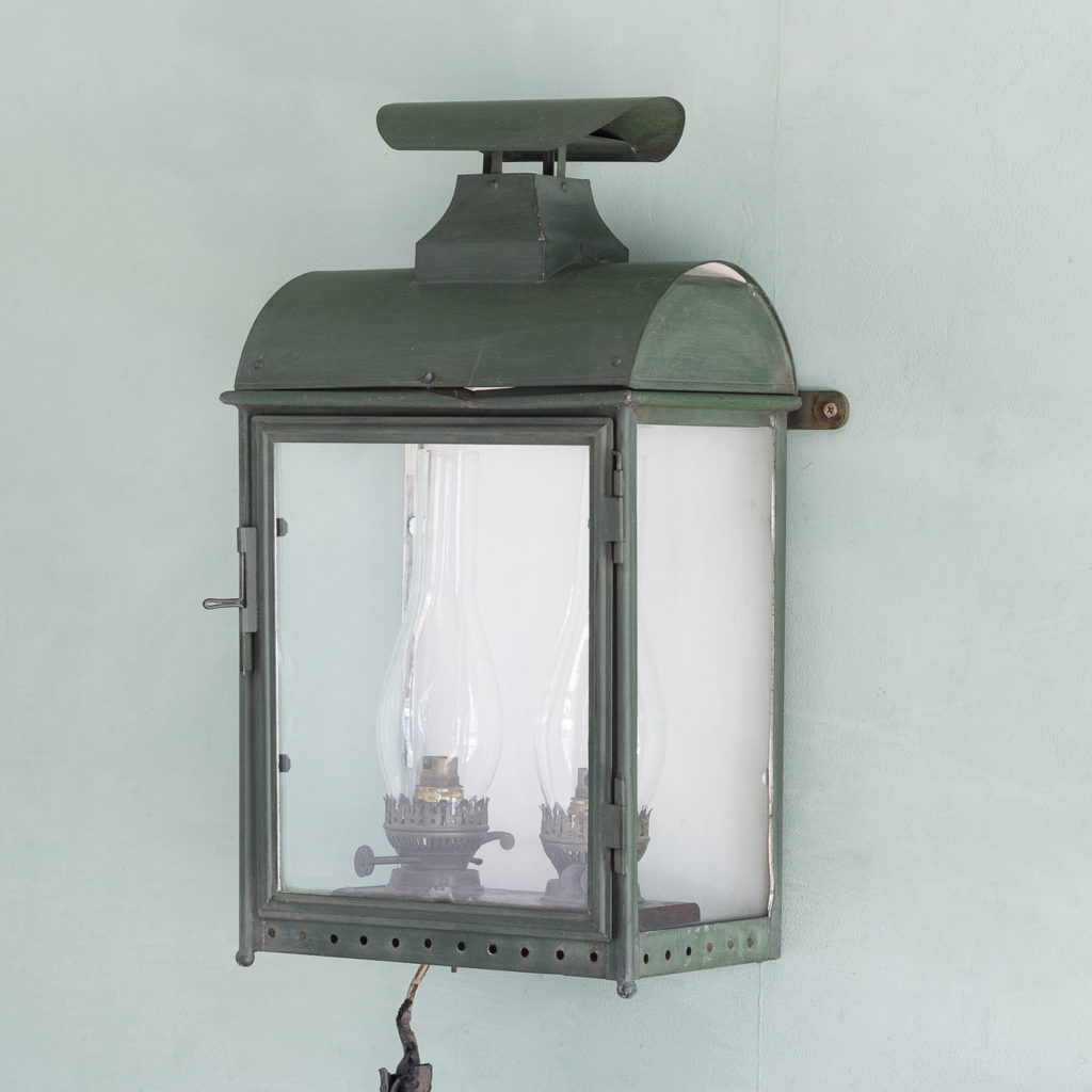 Stable lantern with two simulated oil lamp fittings-0