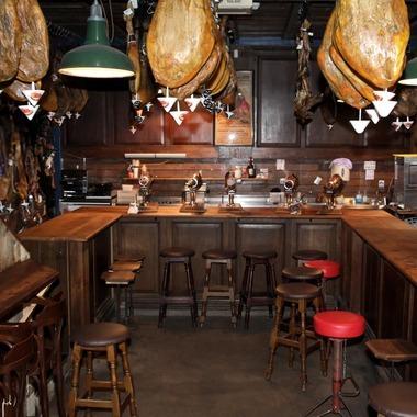 LASSCO Ropewalk's Bar Tozino