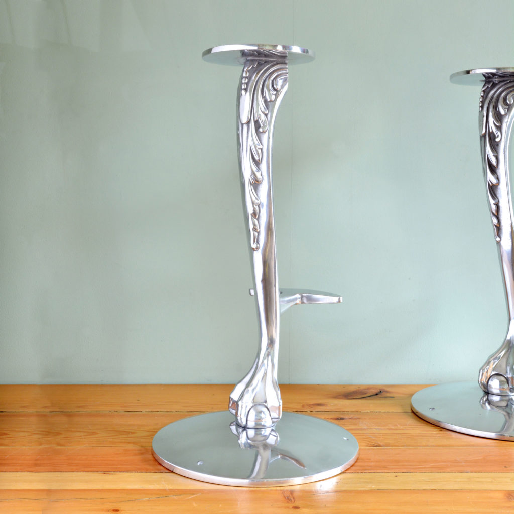 Polished aluminium bar stool bases-89087