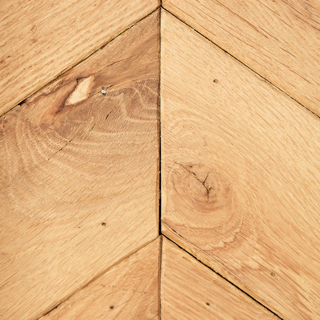 Carpathian Oak Chevron Parquet-115848