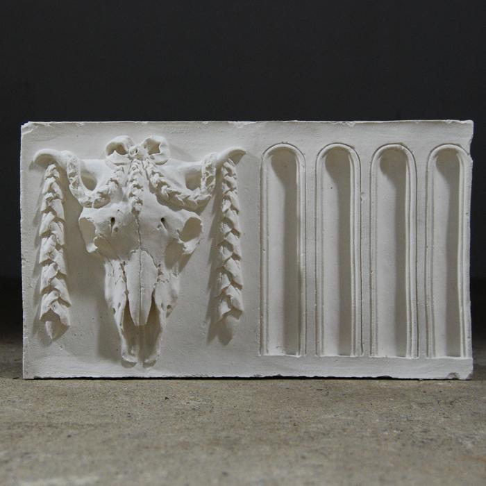 bucraneum frieze