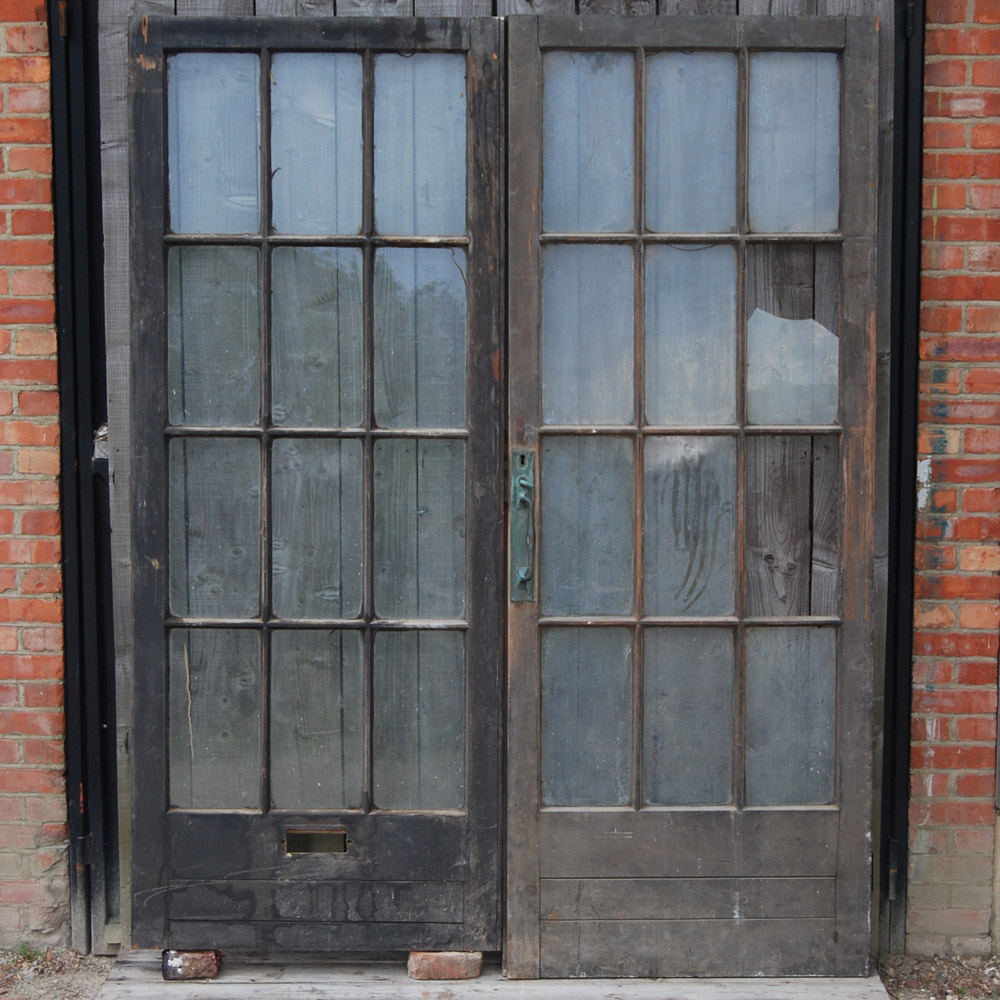 William Morris Garage Doors