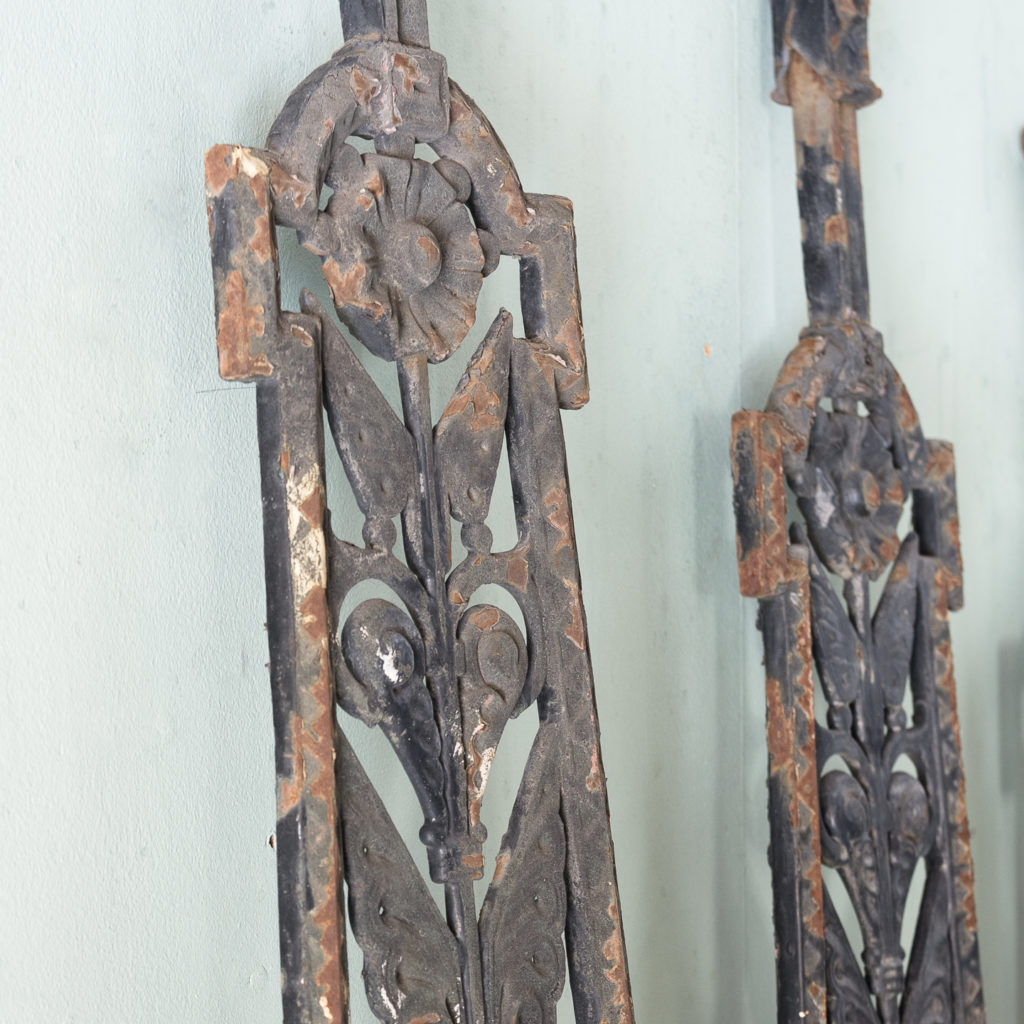 A series of cast-iron Aesthetic Movement staircase spindles-115947
