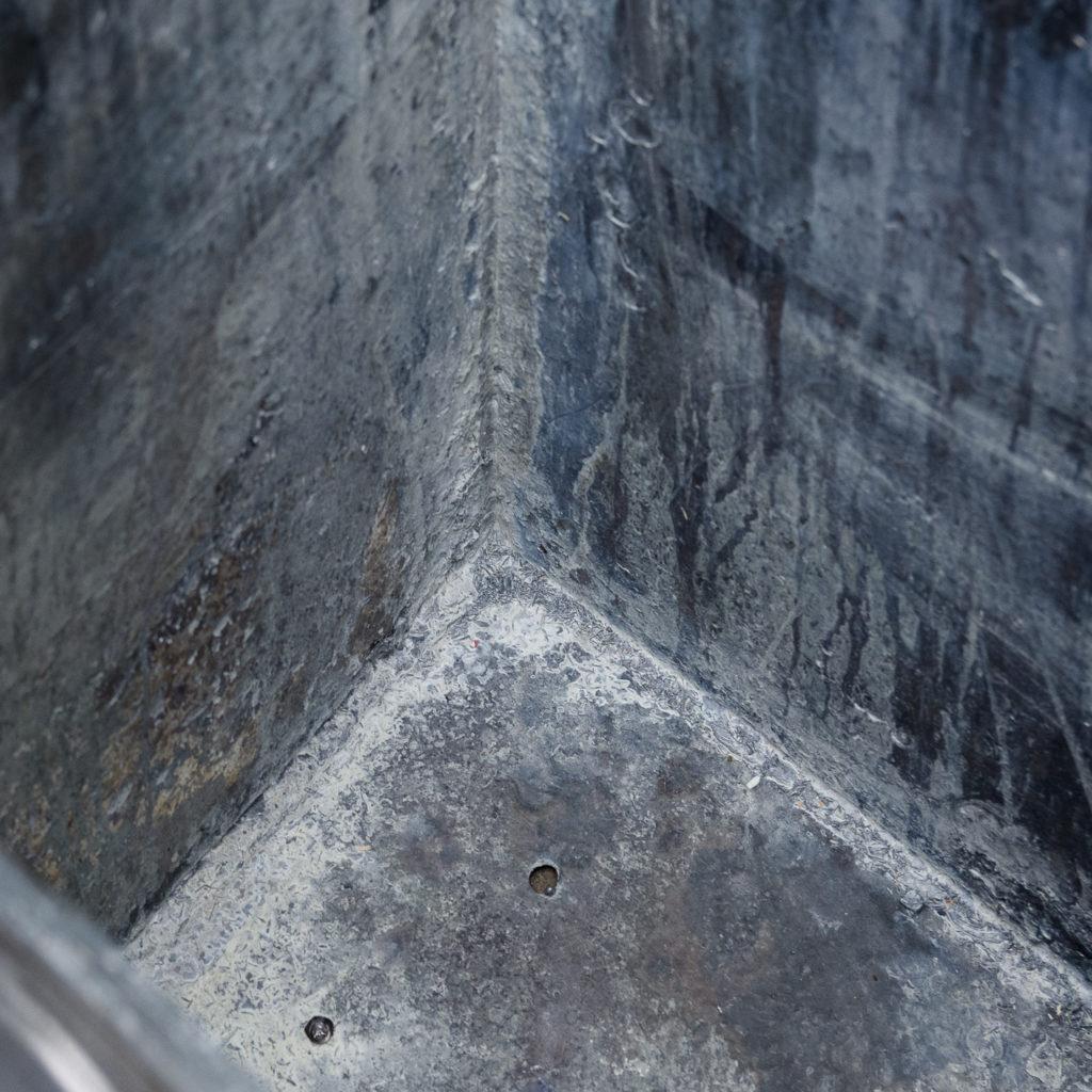 English lead cistern-128272