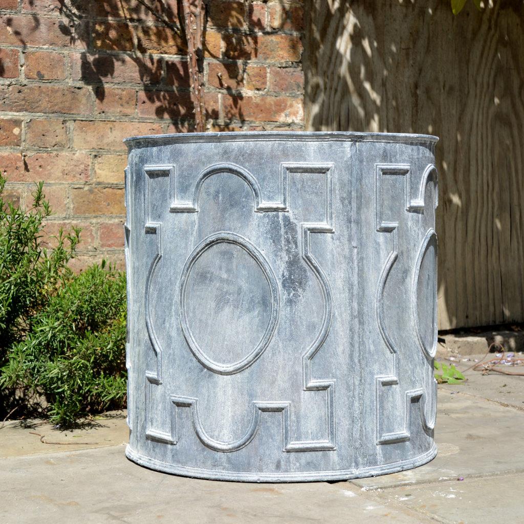 English lead cistern-88514