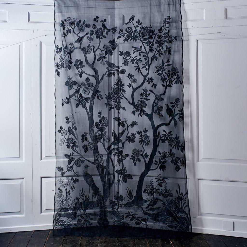 Brunswick lace panel-96990