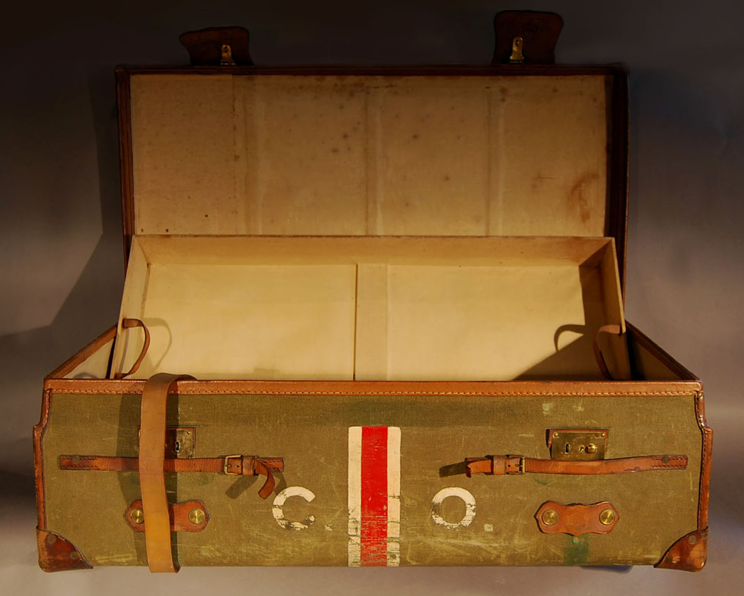 A Victorian wood and canvas trunk-0