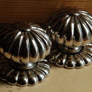 Gadrooned nickle plated door-knobs