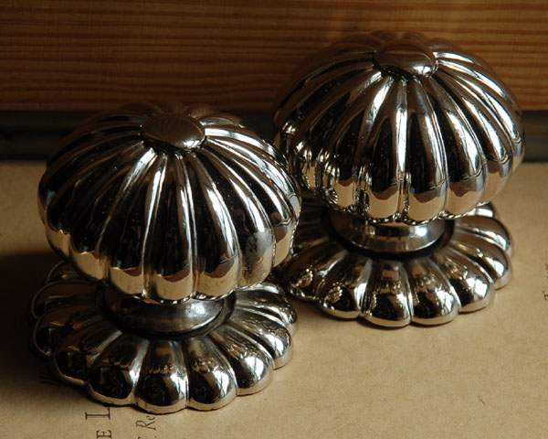 Gadrooned nickle plated door-knobs
