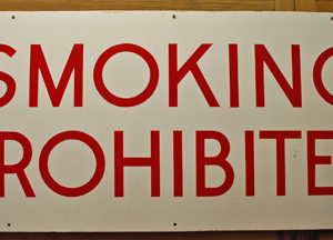 'Smoking Prohibited'-0