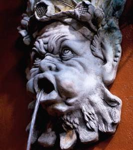 A composition stone grotesque fountain mask-0