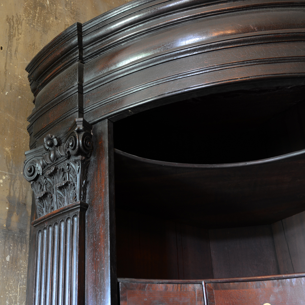 A George II mahogany corner cabinet-79642