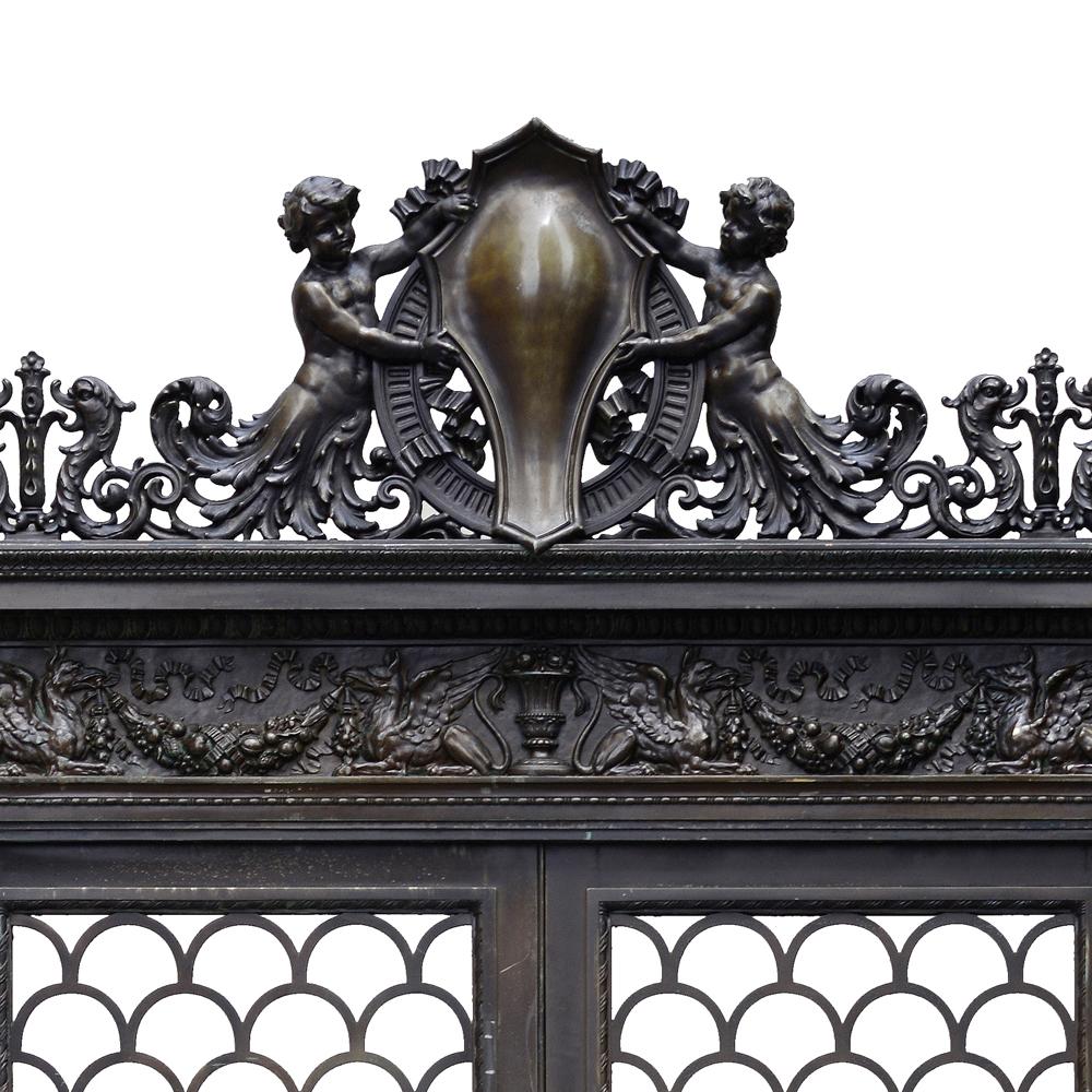 The Empire House bronze doorway-80314