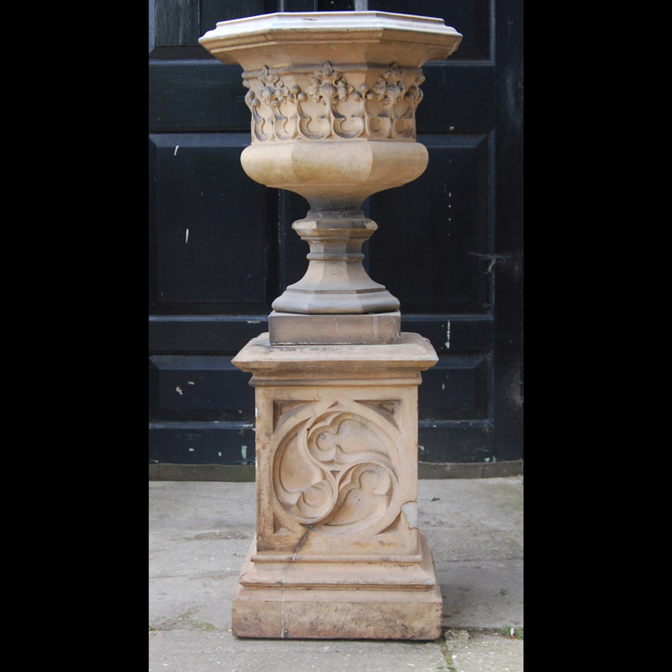 Pulham urn side 2