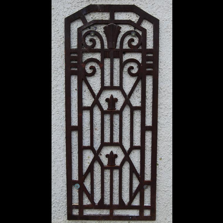 Art Deco grille