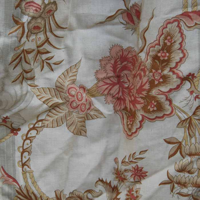 A pair of English linen-cotton mix floral curtains,-83714