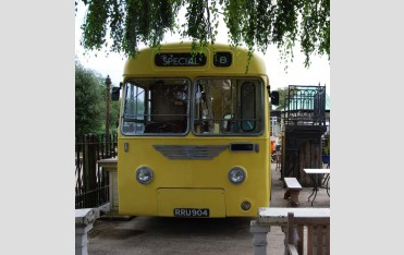 Front view of Leyland Cub at Three Pigeons