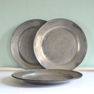 Single reeded pewter chargers