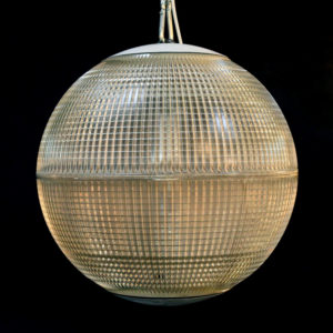 Prismatic pendant light