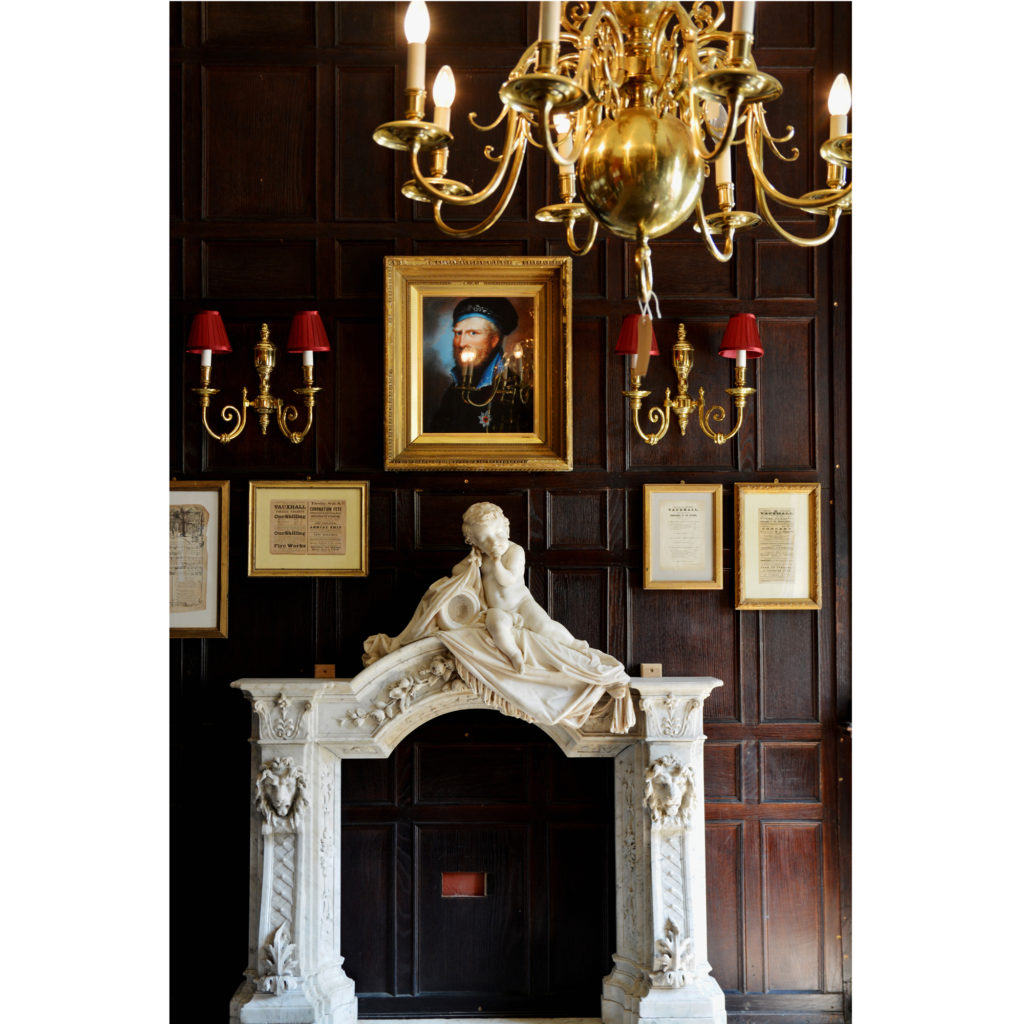 A large oak Jacobean style panelled room-0