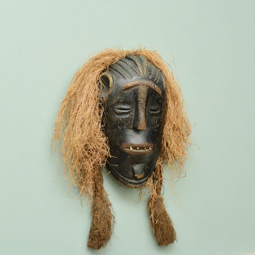 A Poro tribe mask,-86066