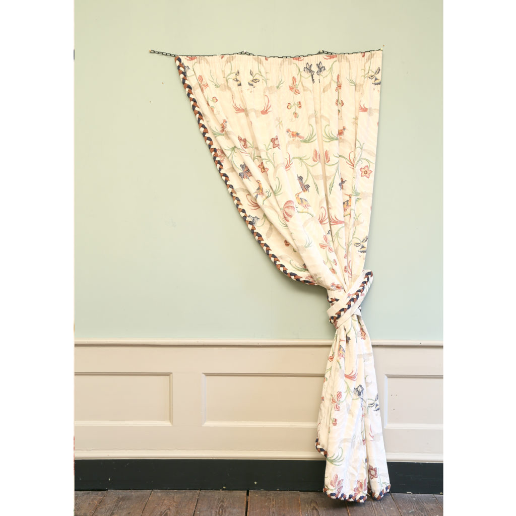 One pair of printed silk twill curtains,-0