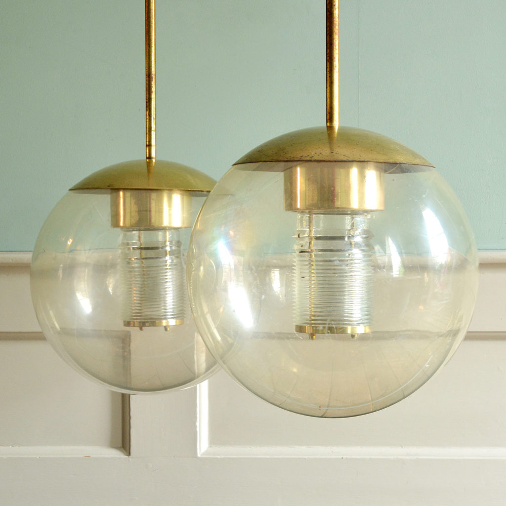 Pendant perspex globe lights,-88829