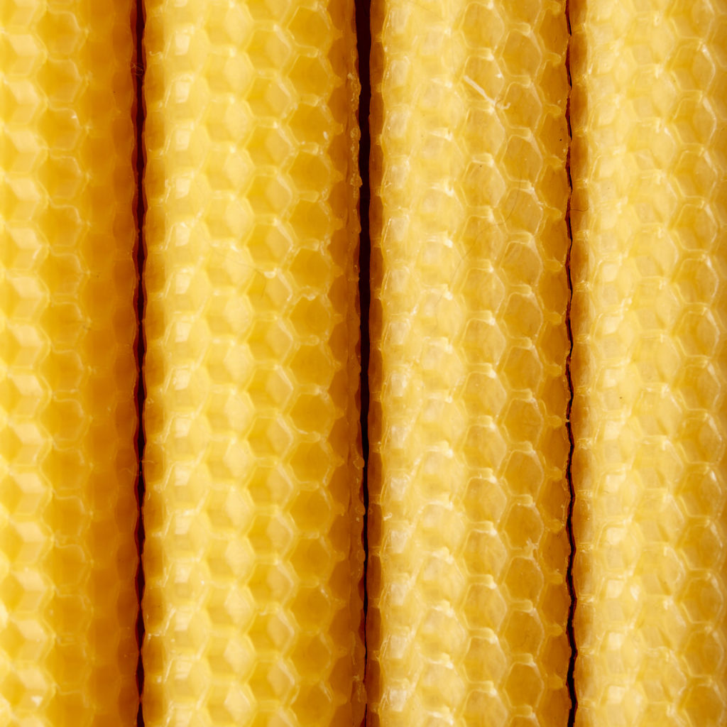 Beeswax rolled candle sticks,-104445