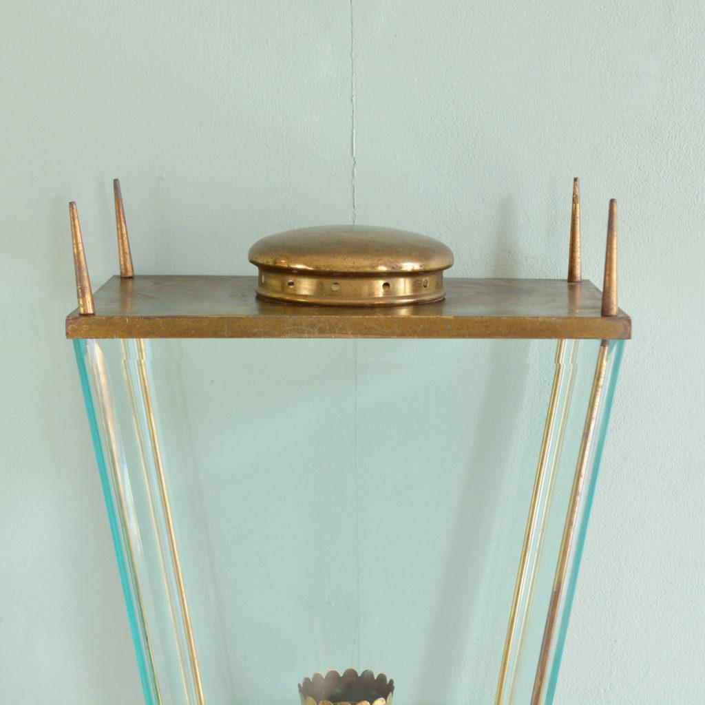 Brass wall mounted lantern, -91976