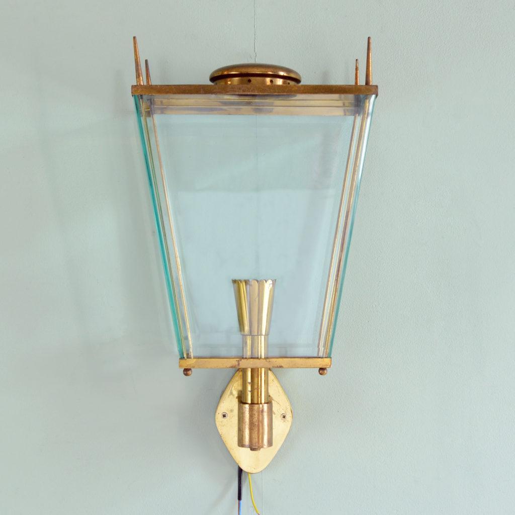 Brass wall mounted lantern, -0