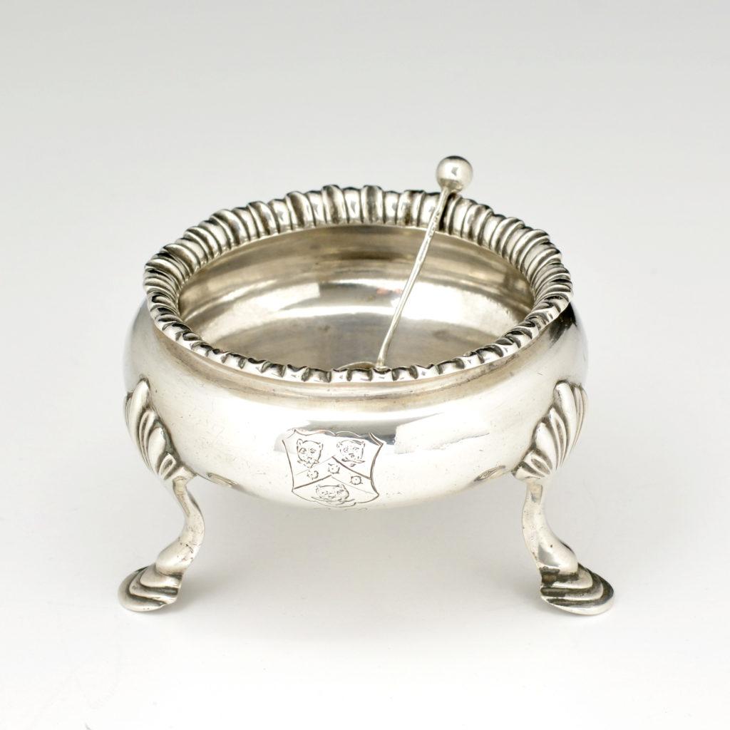 A George III sterling silver salt cellar,-94527