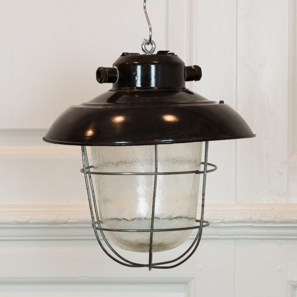 Industrial caged pendant lights, -0