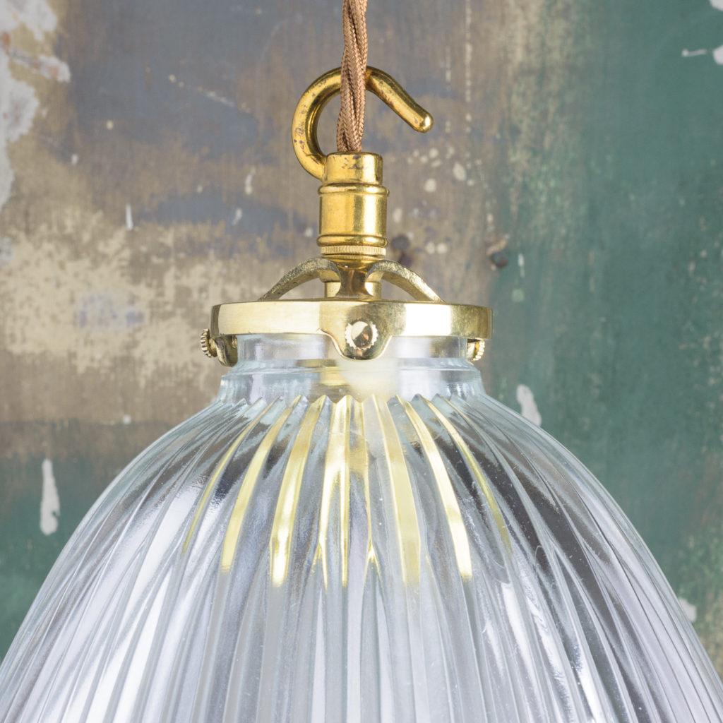 Moulded glass handkerchief pendant lights,-111882