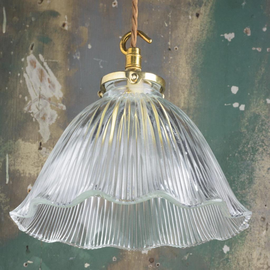 Moulded glass handkerchief pendant lights,-111884