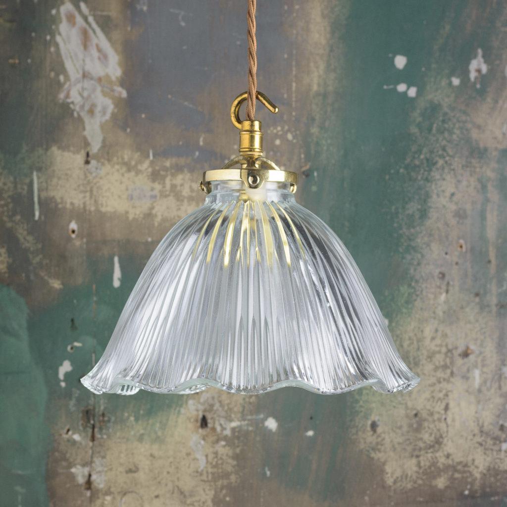 Moulded glass handkerchief pendant lights,-0