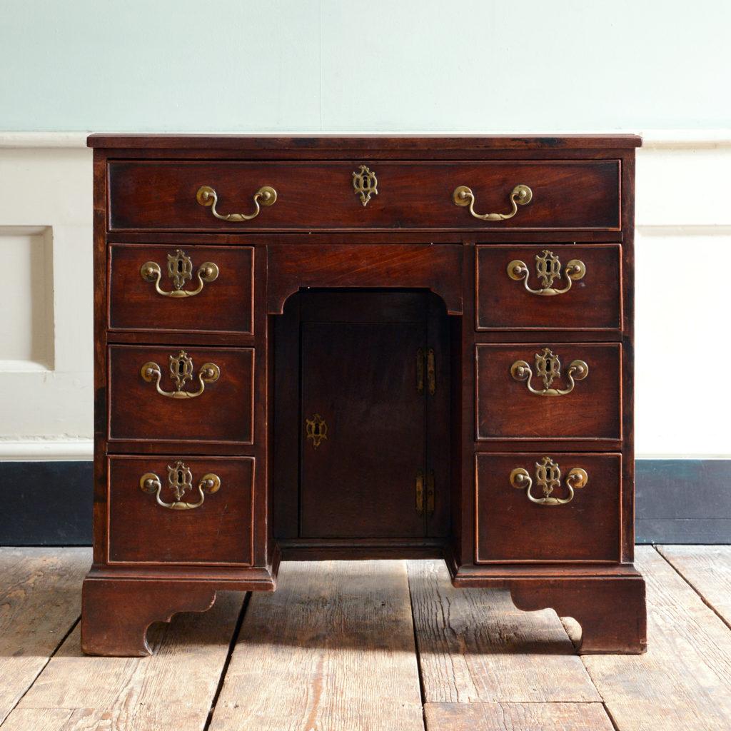 George II kneehole desk