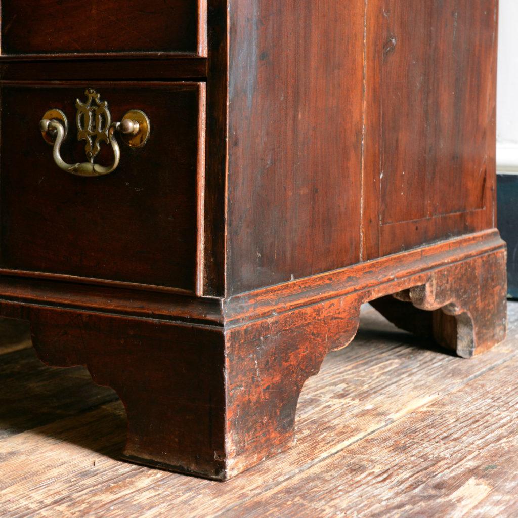 A George II mahogany kneehole desk,-96016
