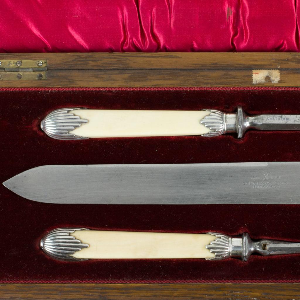 A Victorian bone handled carving set,-99419