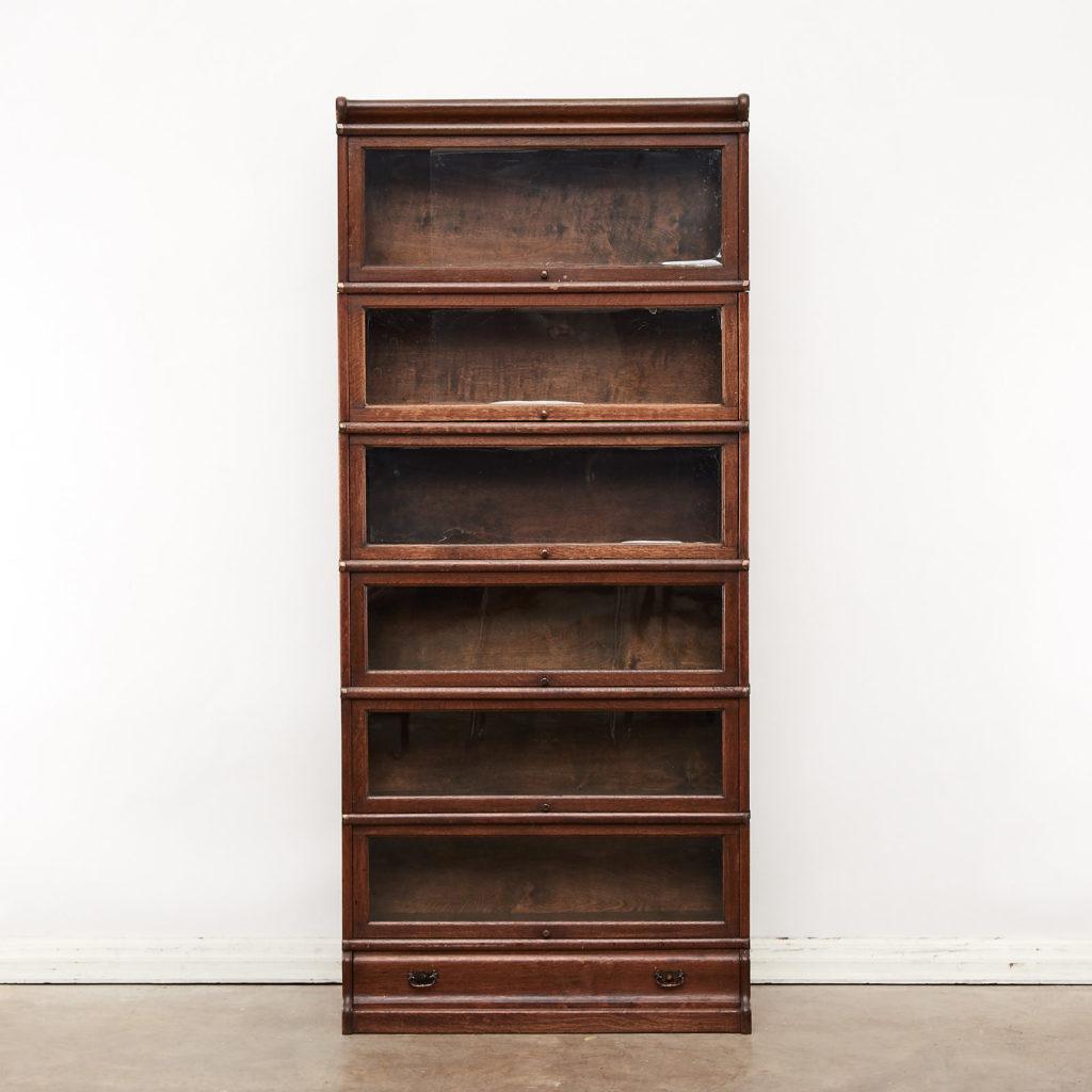 Globe Wernicke bookcase,-0