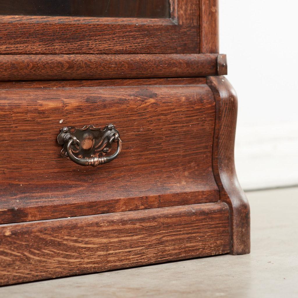 Globe Wernicke bookcase,-99877