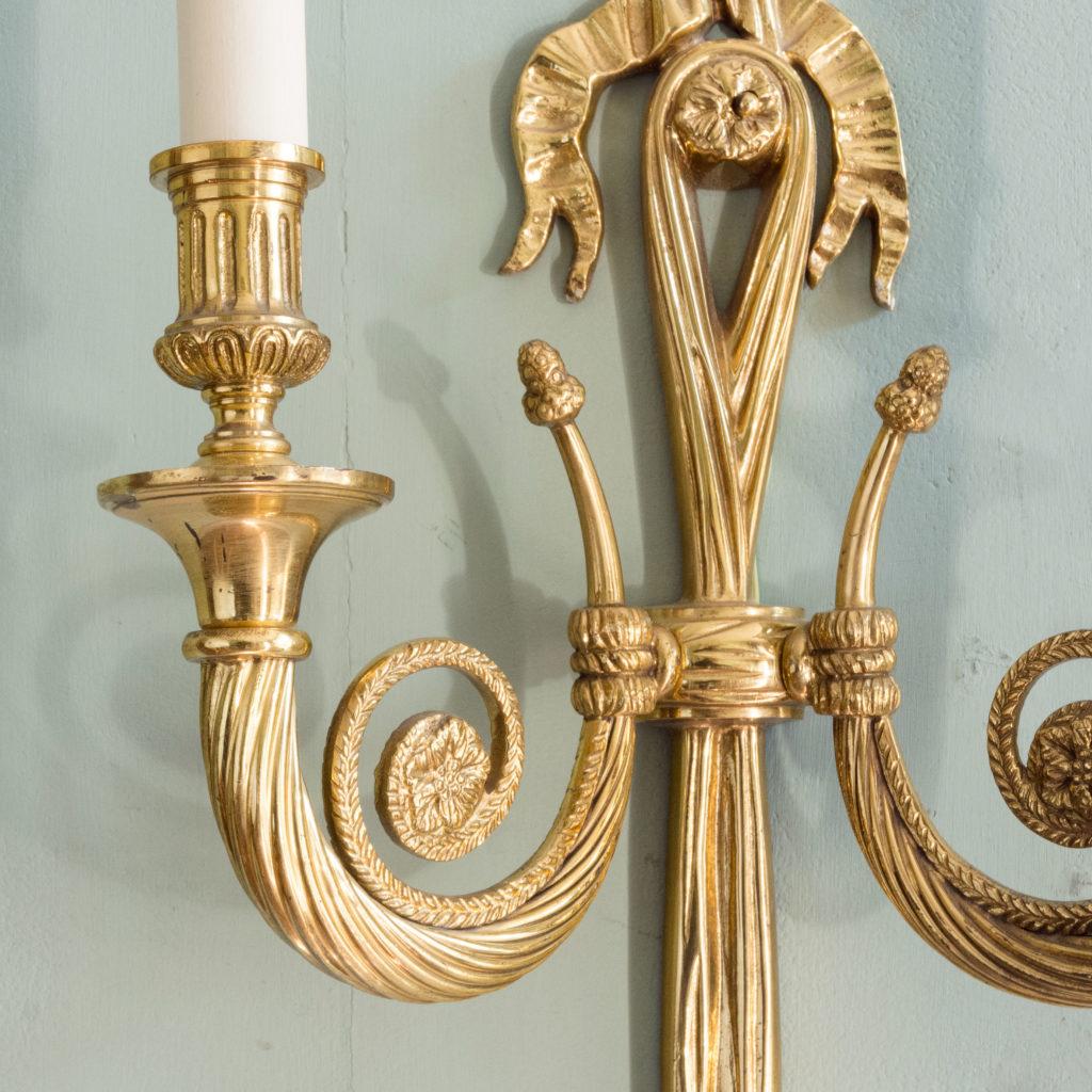 Louis XVI style brass wall light-101412
