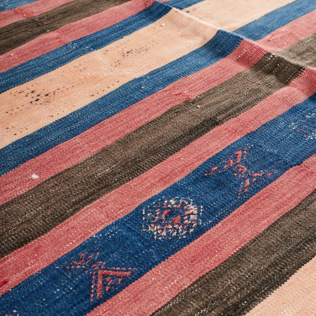 Vegetable dyed kilim rug, -103263