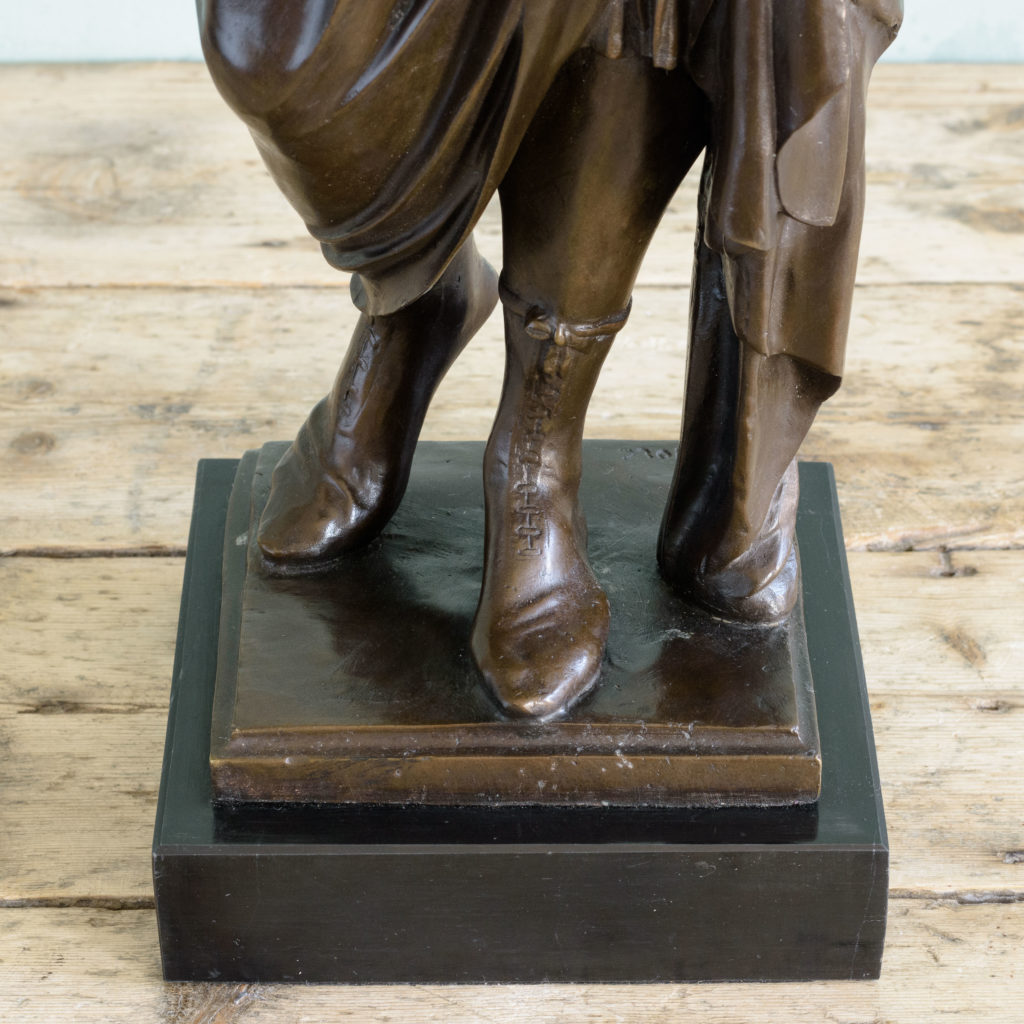 Bronze of Virgil holding a copy of the Aeneid,-103511