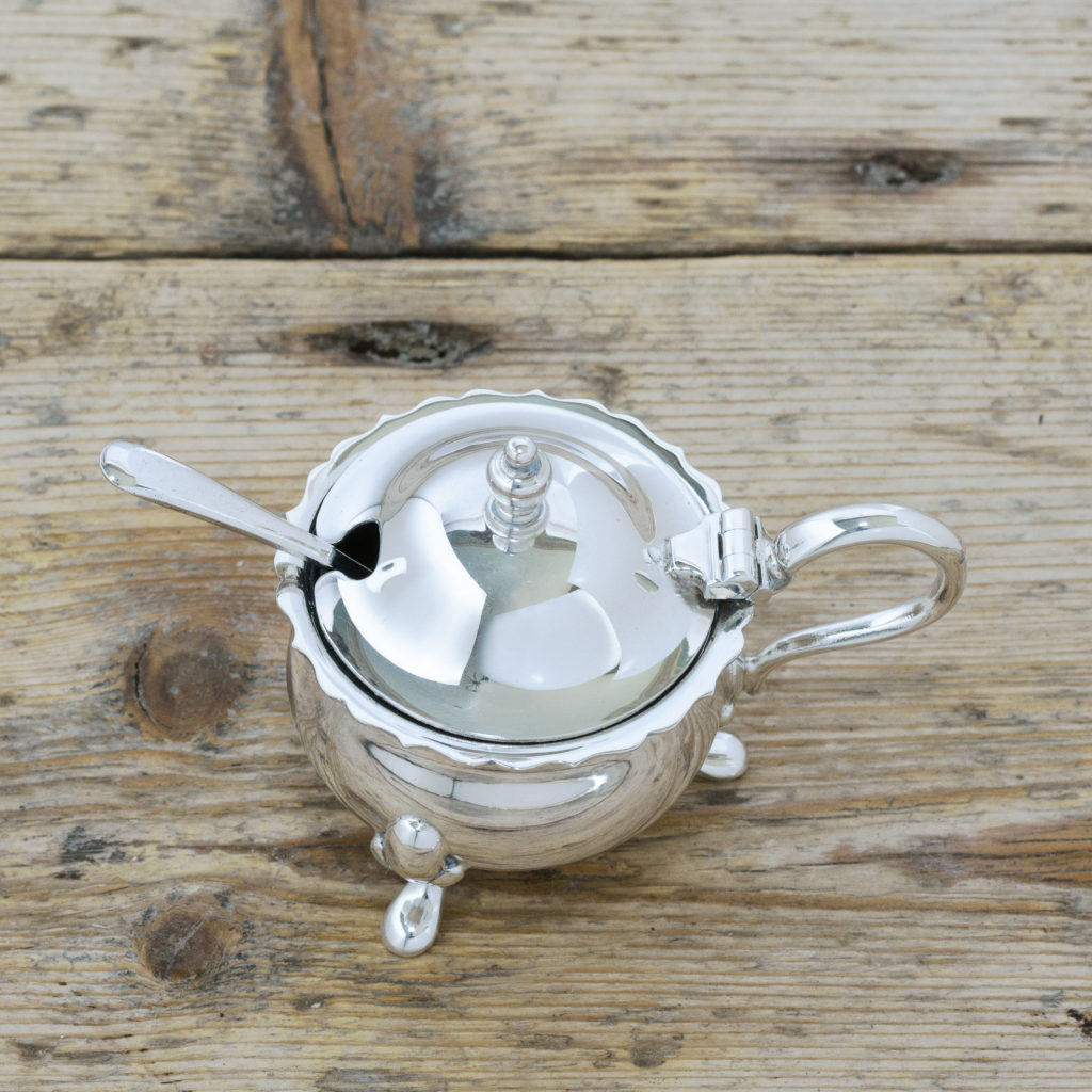 Pair of Georgian style silver plated mustard pots,-105118