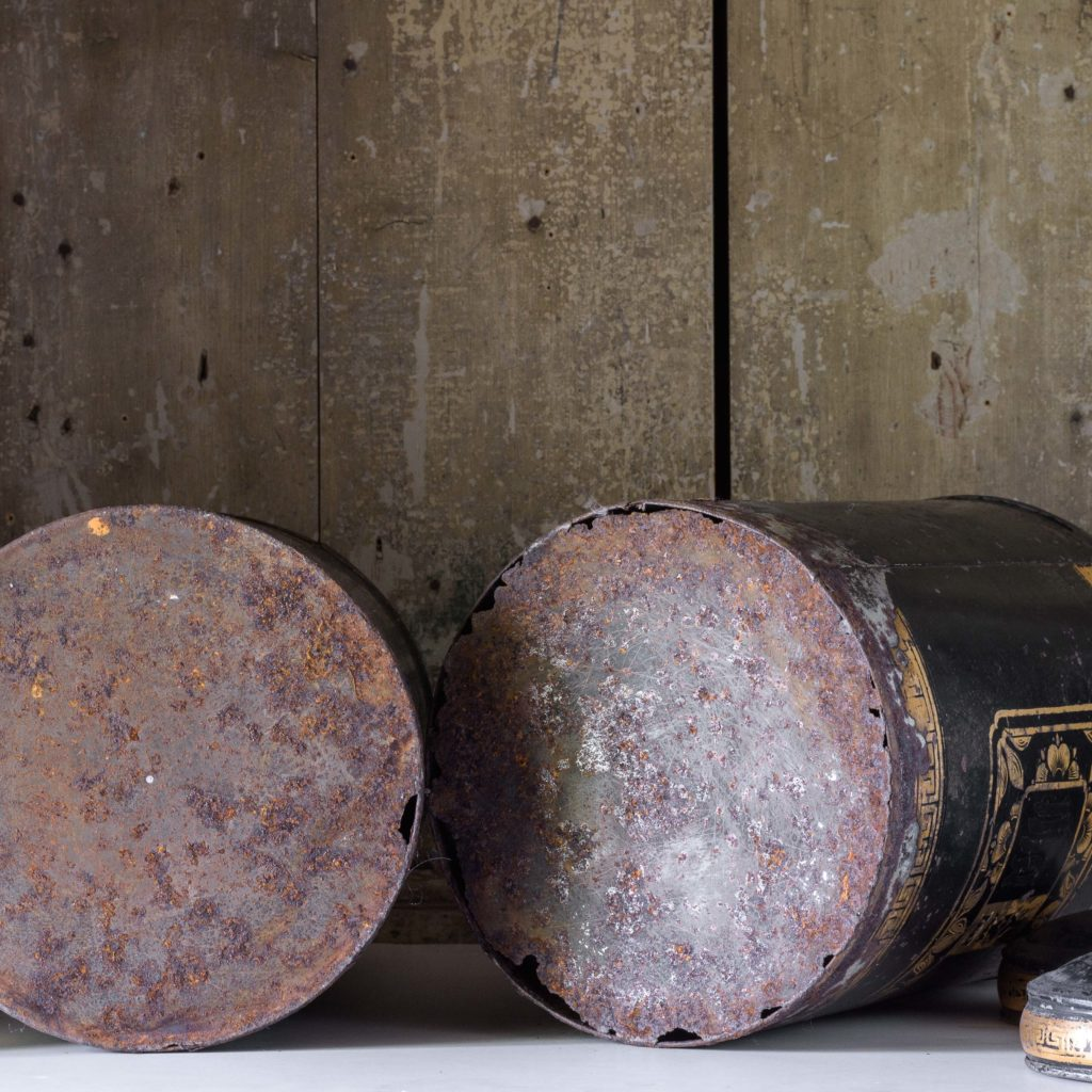 Late nineteenth century toleware tea canisters,-105109