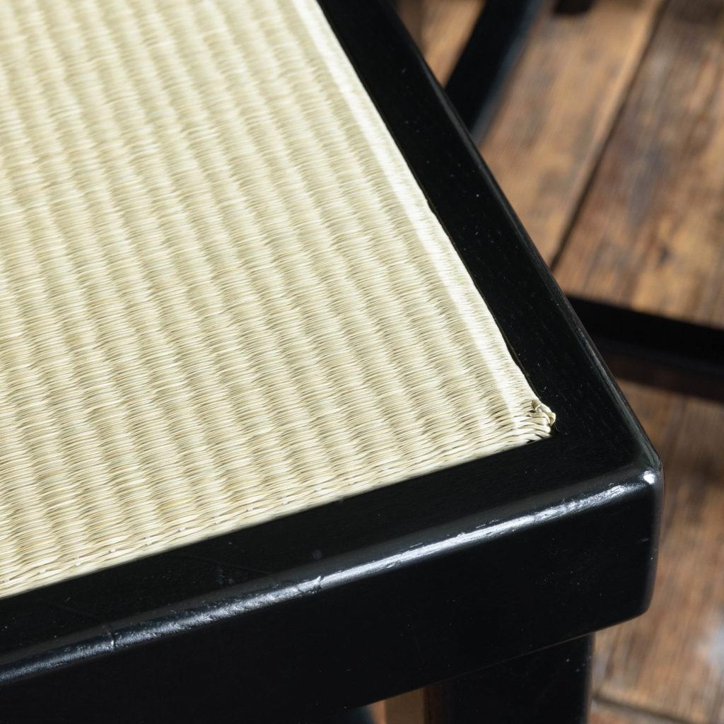 Black lacquer stools,-105523