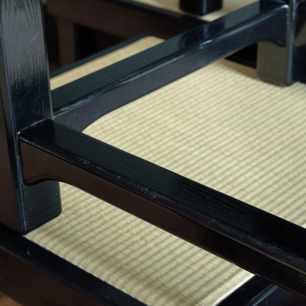 Black lacquer stools,-105524