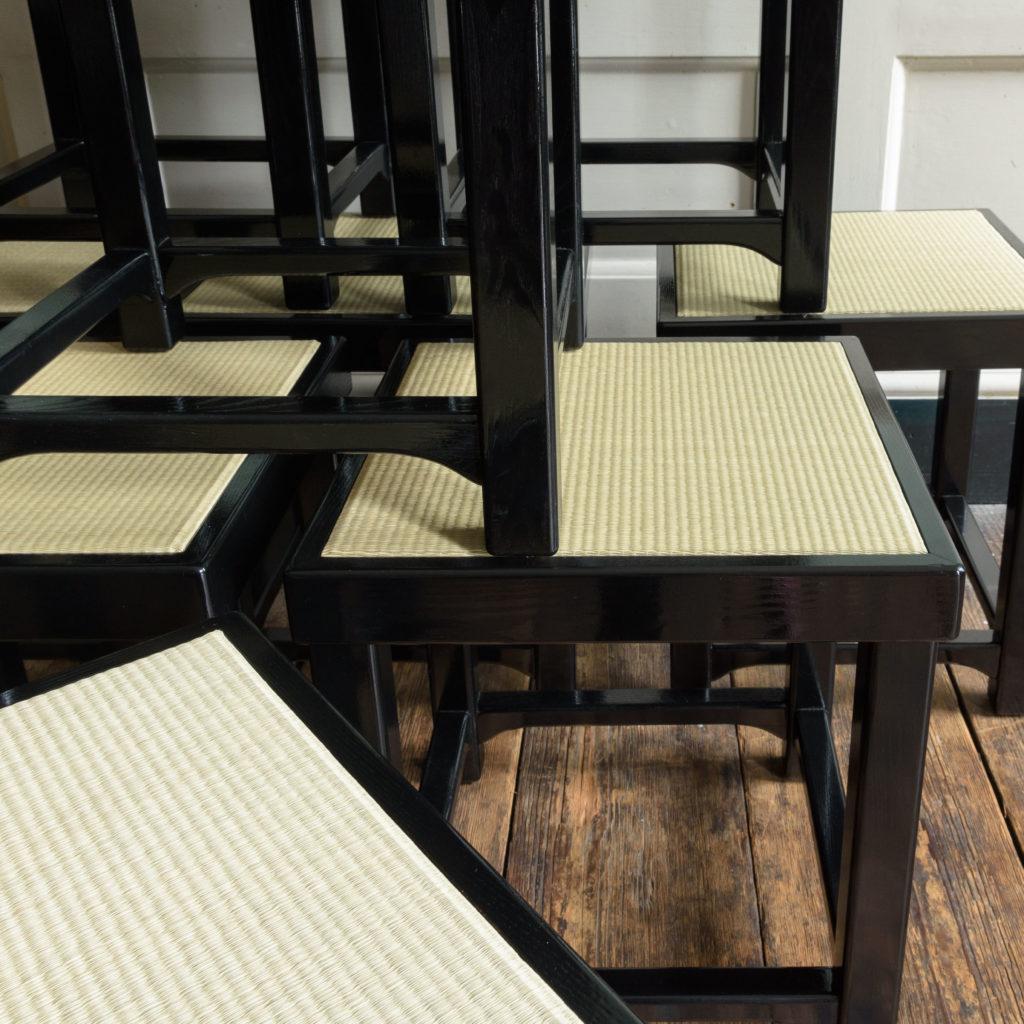 Black lacquer stools,-105522