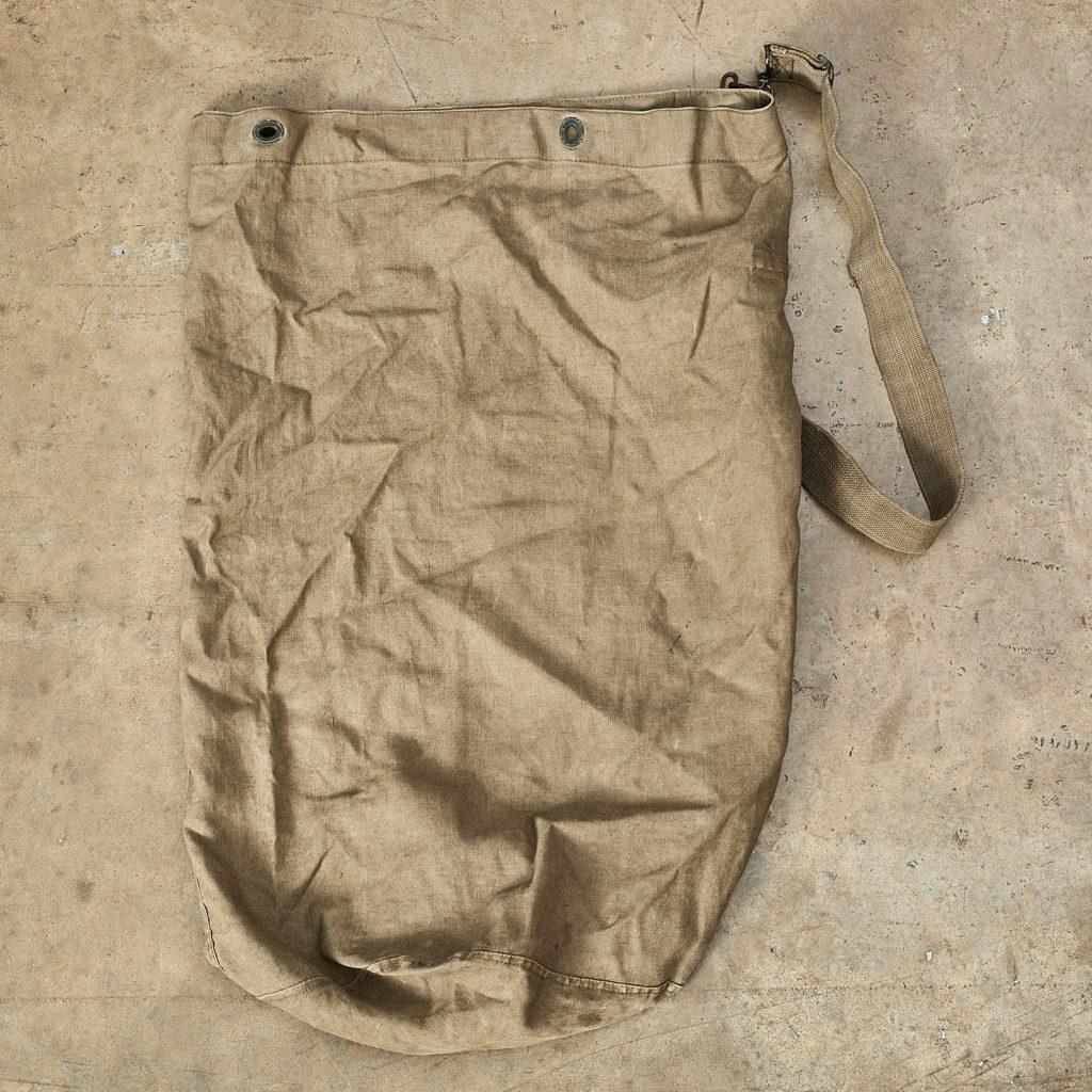 Khaki army holdall,-108394