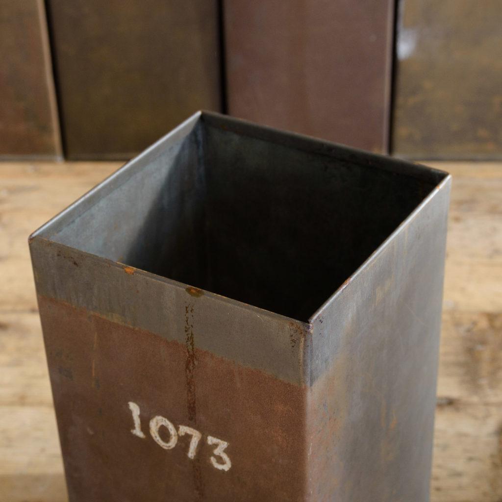 Hand numbered tea tins,-110263